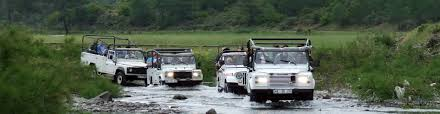 land rover himalaya garhwal jeep safari tour himalaya hikes
