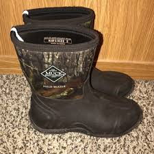 womens size 12 muck boots muck muck boots size 5 s size 7 from s closet