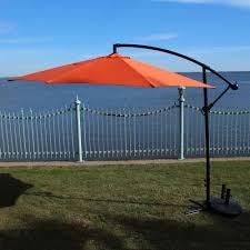 Cantilever Umbrella Toronto by Cantilever Patio Umbrellas Lowe U0027s Canada