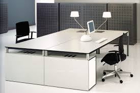 tables de bureau table de bureau design bureau angle rangement lepolyglotte avec