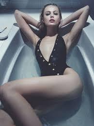 Bathtub Models Frida Gustavsson Models Swimwear Looks For Interview By Robbie Fimmano