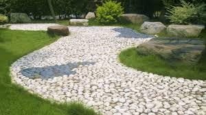 vialetti in ghiaia vialetti da giardino tutte le info per la manutenzione