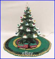 light up christmas skirt atlantic mold 1973 ceramic light up christmas tree skirt cover12 1 2