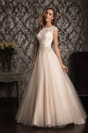 wedding dress covers wedding gown gallery bridal decisions and