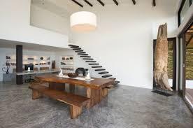 bodenbelag treppe bodenbelag aus beton vorteile und nachteile im überblick