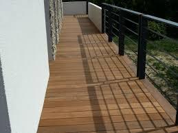 terrasse suspendue en bois balcon en bois traite u2013 mzaol com