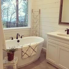Bathroom Tubs For Sale Best 25 Soaker Tub Ideas On Pinterest Tub Bathtubs And Bath Tub