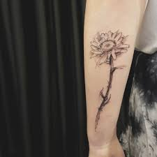 daisy flower tattoo on forearm best tattoo ideas gallery