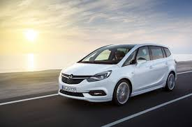 vauxhall zafira 2015 meet the facelifted 2017 opel u0026 vauxhall zafira tourer w video