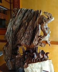 beautiful wood carving in the lobby of the king restaurant
