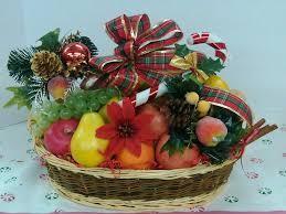 how to make fruit baskets christmas baskets christmas lights decoration