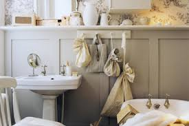 6 french country decorating ideas for small spaces small bathroom