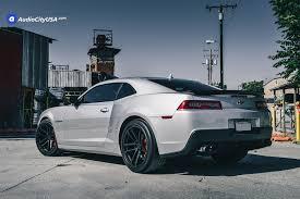camaro ss with zl1 wheels 2015 chevy camaro rs 20 zl1 replica wheels satin black