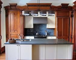 Victorian Kitchens Designs by Best 100 Victorian Kitchen With Glass Tile Backsplash Ideas
