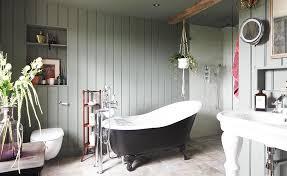 Period Bathrooms Ideas Stylish Bathroom With Wood Paneling Bathroom Pinterest