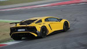 lamborghini aventador race 2016 lamborghini aventador sv drive practice makes