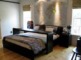 cool bedroom decorating ideas 32 cool bedroom decor ideas for the foot of the bed