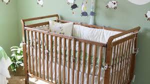 une chambre aménager une chambre feng shui à bébé parents fr