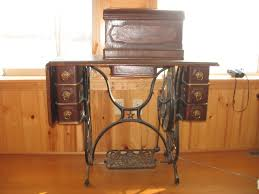 Antique Singer Sewing Machine And Cabinet Domestic