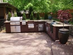 cuisine exterieure en cuisine extérieure granite au sommet