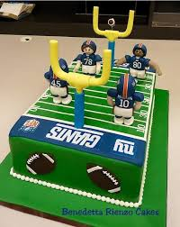 football cakes best 25 football field cake ideas on bowl today