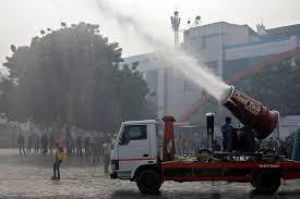 si e l ateur un brumisateur géant contre la pollution à delhi pollution