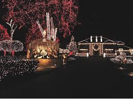 5 christmas attractions to visit in michigan