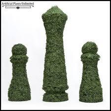 4 h x 18in sq custom logo or figure boxwood topiary shape