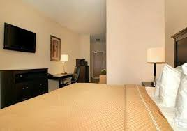 Comfort Suites Marion Indiana Hotel Comfort Suites Southport In Booking Com