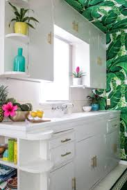 beach kitchen ideas best 25 tropical kitchen ideas on pinterest caribbean decor