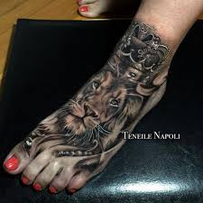 finger tattoo lioness lion tattoos ideas meaning and symbolism of lion tattoo 2018