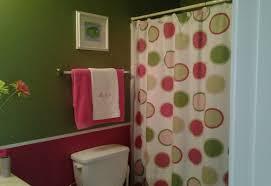 Cynthia Rowley Bathroom Accessories by Brown And Pink Bathroom Decor