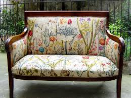 canapés de style tapisserie neves tapissier fort de plus de 30 ans