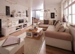 deko landhausstil wohnzimmer sympathisch dekoration wohnzimmerstil dekoideen deko frigide auf