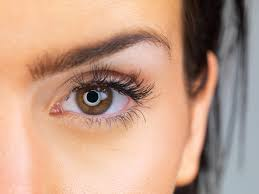 How To Tweeze Your Eyebrows 5 Tips For Perfect Eyebrow Maintenance Mind The Arch