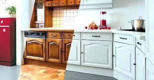 repeindre meuble cuisine laqué peinture sur meuble cuisine comment peindre un laque repeindre idee