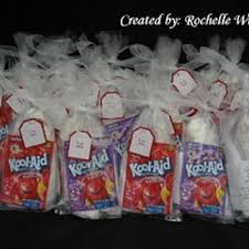 make your own playdoh grab bags favors not a bad idea