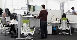 Sit To Stand Desk The Height Adjustable Sit Stand Desks Yonohomedesign