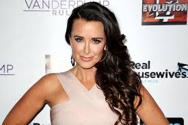 kyle richards needs to cut her hair kyle richards refutes casting rumors canyon news