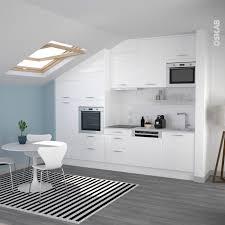 petit coin cuisine cuisine blanche design meuble iris blanc brillant kitchenette