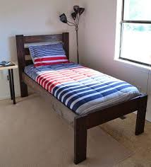 How To Build A Twin Platform Bed Frame by Best 25 Twin Bed Frames Ideas On Pinterest Twin Bed Frame Wood