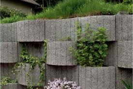 22 wood retaining wall planter ideas banner planter box