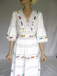 vintage 1960s mexican embroidered lace wedding dress del