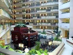 hotels close to power and light embassy suites near power light district kansas city missouri