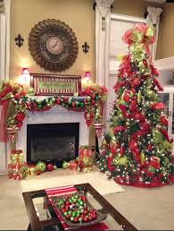 Christmas Decorations For Fireplace Mantel Tree Mantel Christmas Fireplaces Decoration Ideas For The Home