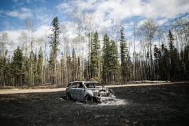 Wildfire Chicago by Canada Evacuating 8 000 Wildfire Evacuees By Air Chicago Tribune