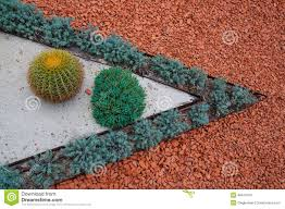 Types Of Gravel For Garden Paths Types Of Landscaping And Decorations Garden Paths Stock Image