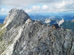 Cabane En Montagne 10 Refuges De Montagne Insolites à Visiter Absolument