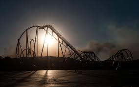 Six Flags Adress Rye Fire In Santa Clarita Sticks At 7 000 Acres 25 Percent