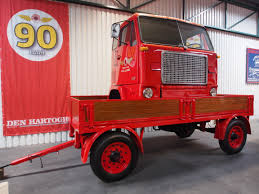 old volvo trucks file old trailer with volvo 5951 cabin pict2 jpg wikimedia commons